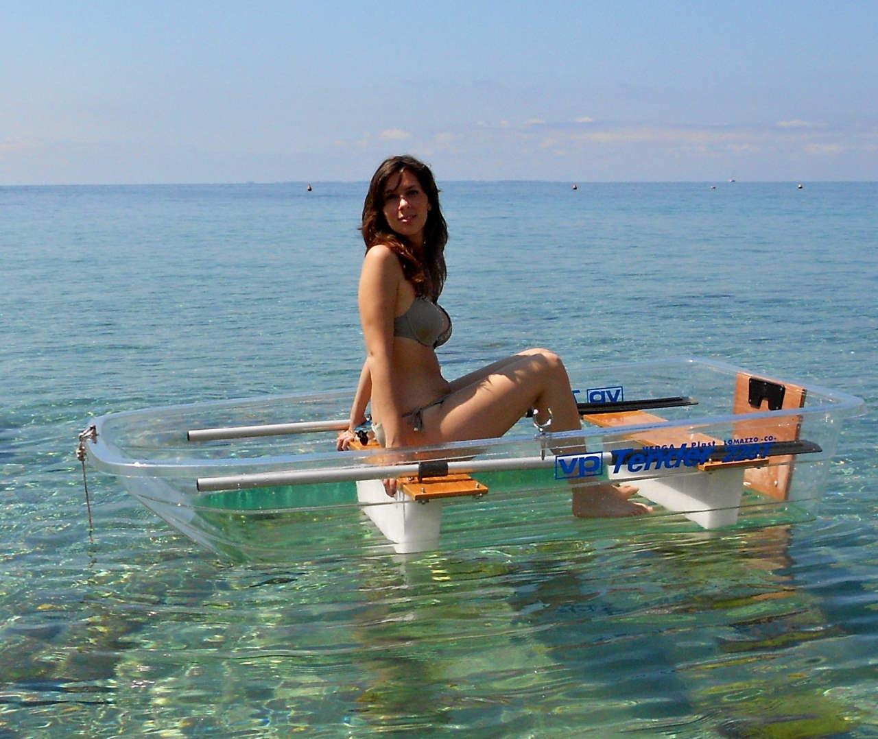 Rundum durchsichtiges Ruderboot!